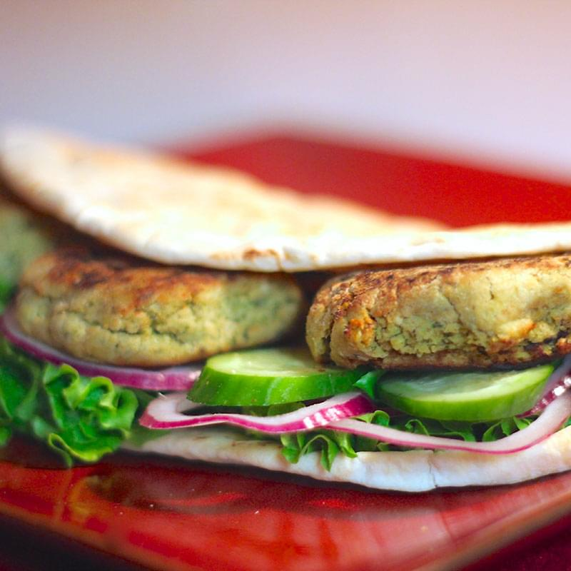 grilled-falafel-sandwich