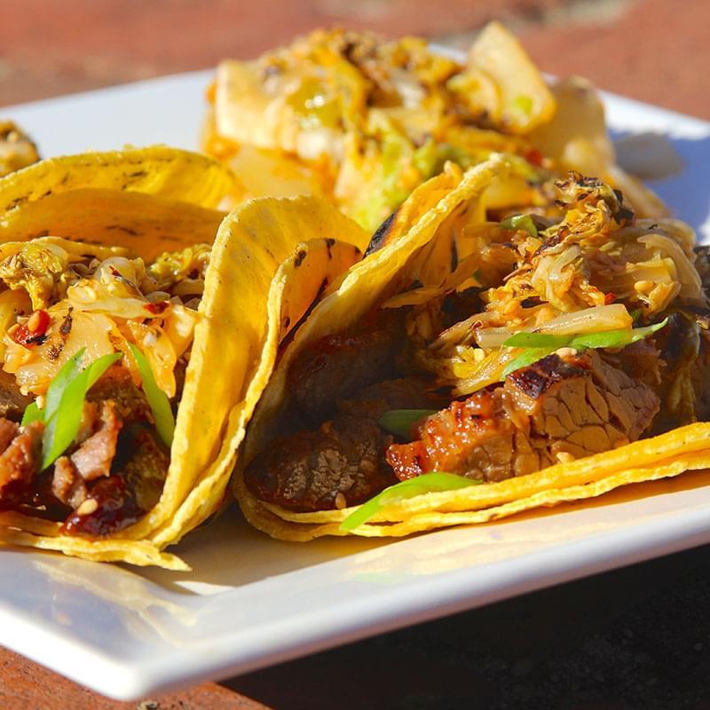 korean-bulgogi-tacos-with-kimchi